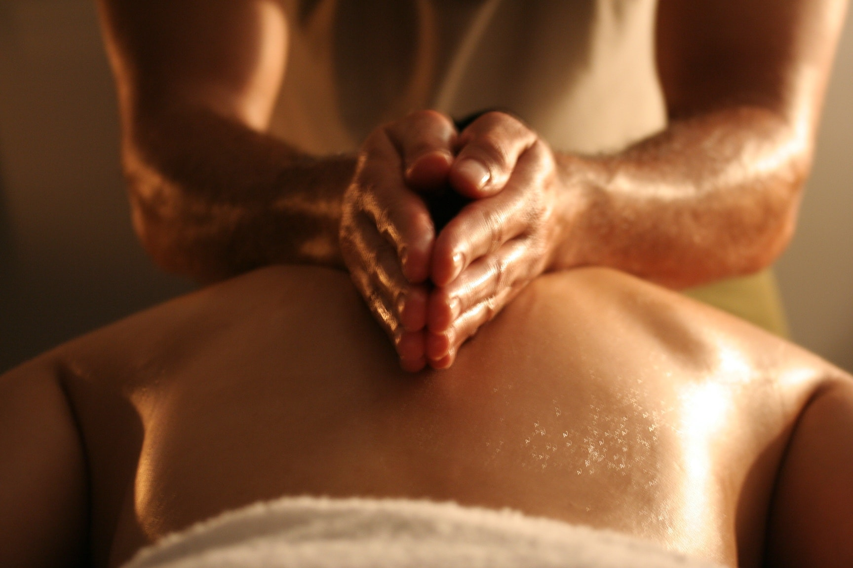 Male to Male Sensuous Body Massage in Delhi
